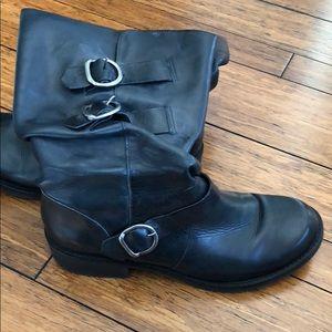 Matisse Moto-X calf high boots.